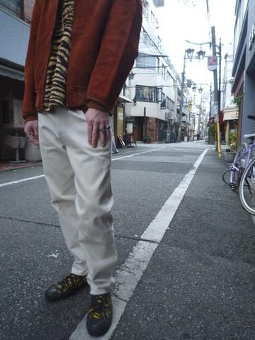 001_b.JPG